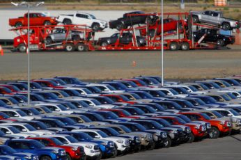 FILE PHOTO: Newly assembled vehicles are seen at a stockyard of the automobile plant Toyota Motor Manufacturing of Baja California in Tijuana, Mexico, April 30, 2017. REUTERS/Jorge Duenes/File Photo